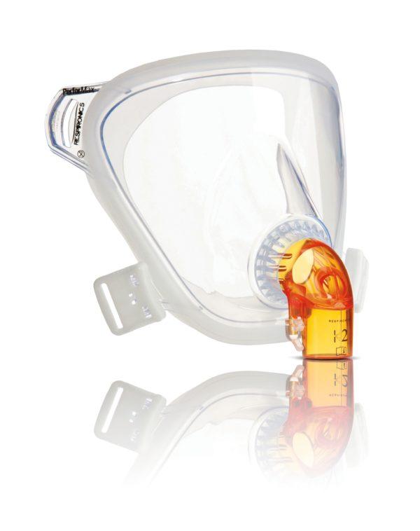 Philips Respironics Performax Ganzgesichtsmaske mit farbigen Schlauchansatz wird für die nicht-invasive Beatmung verwendet.