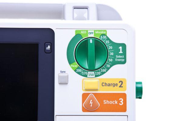 Philips HeartStart XL+ Einstellung der Betriebsarten und der Energie über einen robusten Drehschalter.